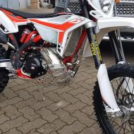 AMS-Dirtbike-Beta19_01